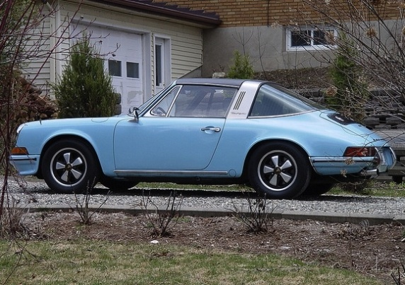 1972_Porsche_911T_Targa_Gulf_Blue_For_Sale_Rear_resize